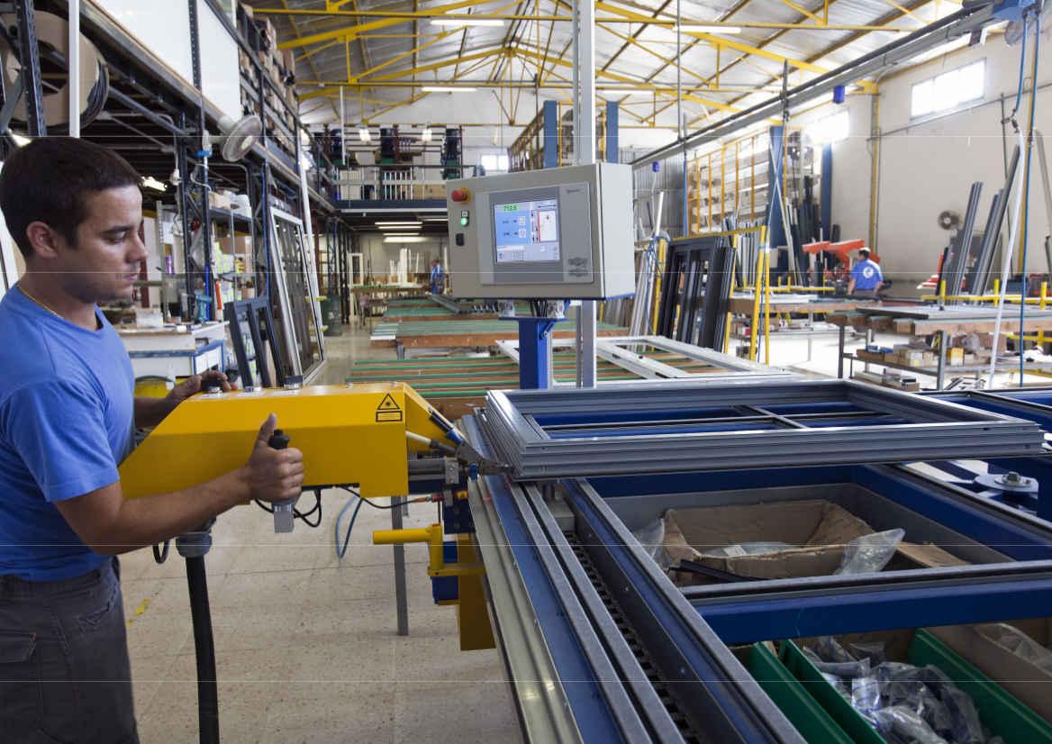 fabrica de carpintería de aluminio ciutadella, Menorca