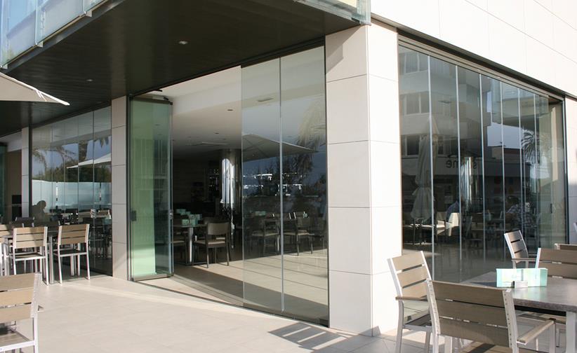 cortinas-de-cristal-y-techos-moviles-menorca-1-copy